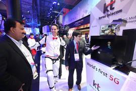 KT, MWC서 세계최초 완벽한 5G 네트워크 환경 공개