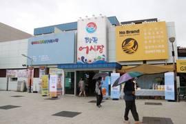 이마트, 상생스토어 오픈 이후 당진어시장 방문객 40% 증가
