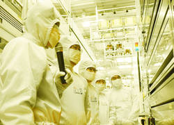[ICT세상] 중국 도전 앞에 선 삼성전자·SK하이닉스의 앞날은