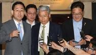 민주, 국민의당·바른정당 추경 설득…'한국당 배제 카드' 시도
