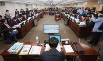 [뉴스텔링] LH, 대부업체, 경찰…금융·공공기관 '제식구 챙기기' 백태