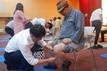 [연중기획-문화가 경제 (80)] 어르신 염색봉사 20년…젊음 되찾아주는 '동성제약'