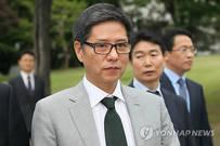 [뉴스텔링] '이명박 의혹'에 뿔난 오리온…'루머 정국' 부활했나