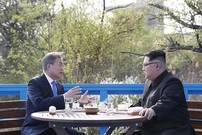 """[뉴스텔링] 남북경협주 '두 얼굴'…외국인 팔고 개미들 사고 """"왜"""""""