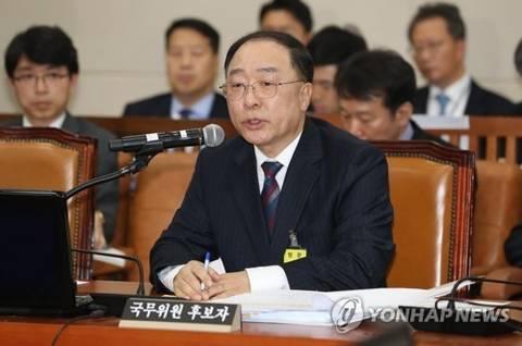 """靑 """"홍남기-김수현, 경제 관련 장관들 수시로 만날 것"""""""