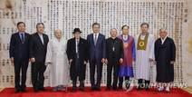 """文대통령 """"2차 북미회담서 비핵화 큰 진전 있을 것"""""""