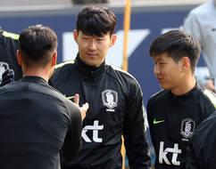 손흥민 아래 백승호-이강인, '어린 허리' 뜰까?…한국 대 볼리비아 8시 킥오프