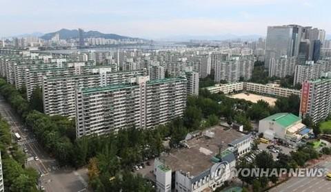 청약통장 가입 2500만 돌파… 상한제 앞두고 서울서 2.8배 늘어