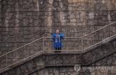 """이낙연, 부암동 기생충 촬영지 찾아 """"봉준호 같은 일류 지도자 나와야"""""""