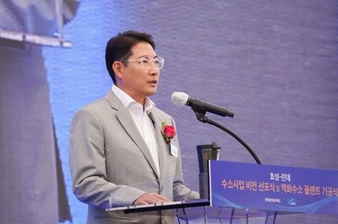 [핫+CEO] 조현준 효성 회장, 글로벌 광폭행보... '포스트 코로나' 시대 연다